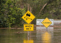 Communication and engagement around flood hazards are critical to increase the safety of communities that live in flood-prone areas (Photo: Flickr - Paul Welding)